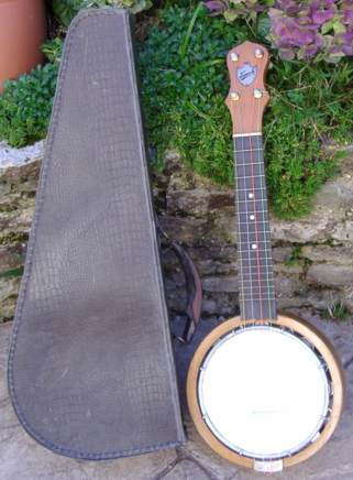 Keech Banjolele from 1923. Picture 1